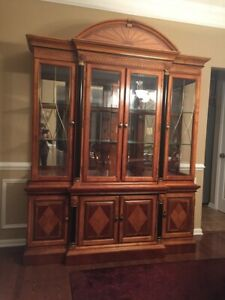 Beautiful Formal Cherry Dining Room Set,Table, Chairs, China cabinet, leaf Pads.