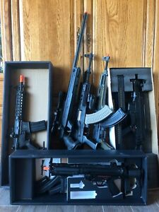 7 airsoft aegs for sale (must take all) + accessories (good condition)
