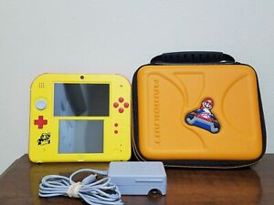 Nintendo 2DS System Super Mario Maker Edition w Charger and Mario Carrying Case