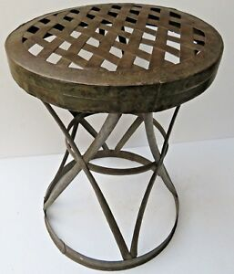 Vtg iron strip revated hand made garden amp; outdoor patio round table stool India $50.00
