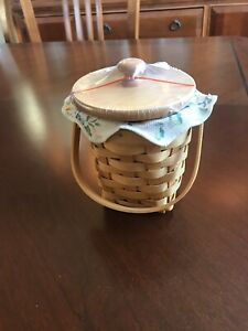 Longaberger Horizon of Hope Basket Set (2002)