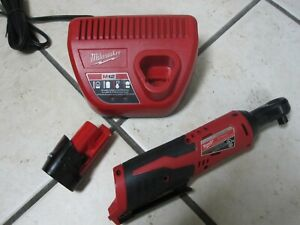 Milwaukee Ratchet Kit 38 in M12 12Volt Cordless 2.0Ah Battery Charger