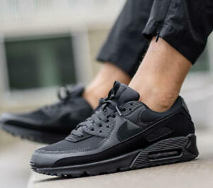 New NIKE Air Max 90 Essential Athletic Sneakers Mens triple black all sizes $124.99