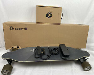 Boosted Stealth 880 miles with box remote charger. Good batterymotors.