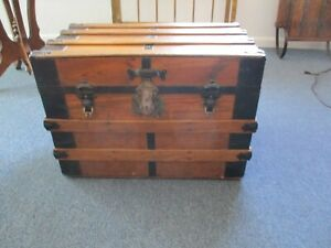 Antique trunk great condition located in Wyoming $175.00