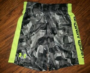 Under Armour Boys Youth Size 5 Shorts $3.00