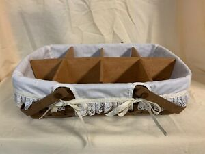 1983 SMALL GATHERING BASKET Longaberger with Muslin cloth liner and wood divider $61.98