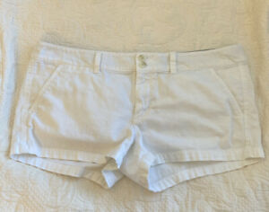 American Eagle Outfitters White Shorts Stretch Size 12 $9.99