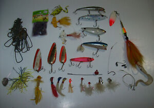 lot of vintage Lures Fishing Tackle