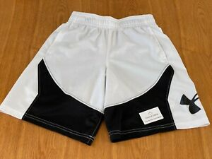 Kids Under Armour Shorts Youth Size Small White Black w Pockets HeatGear Curry $17.25
