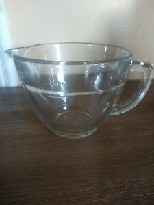 Pampered Chef 4 Cup 1 Litre Glass Measuring Mixing Batter Bowl