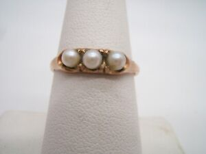 GOLD FILLED RING ANTIQUE WITH 3 PEARLS $32.00