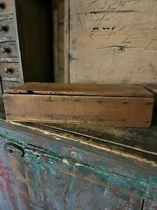 PRIMITIVE ANTIQUE WOODEN DIVIDED CHEESE BOX WITH LID $29.99