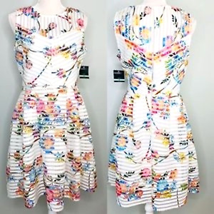 Gabby Skye Dress New 8 Fit Flare Ivory Pink Floral Scuba Mesh Lace Sleeveless $35.00