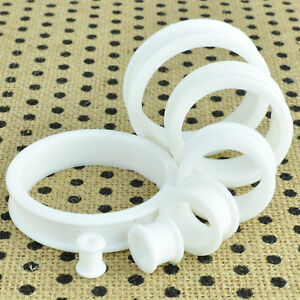 1 Pair White Soft Silicone Flexible Ear Tunnels Plugs Gauges Earlets Eyelets