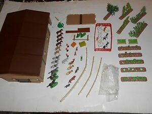 vintage ertl riding stable set miniatures 1