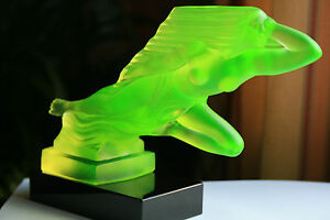 bohemian uranium yellow glass car mascot h