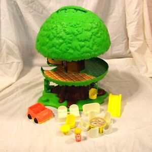 kenner tree house with swing furniture car and