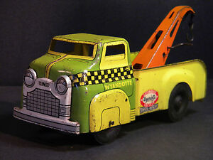vintage early 1950 s tow truck by wyandotte