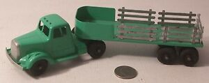 green stake semi truck 2pc green 9 used but