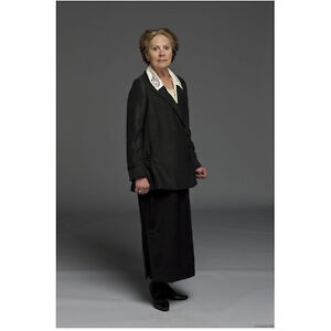 Downton Abbey Penelope Wilton as Isobel Crawley in Black 8 x 10 Inch Photo