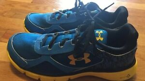 Under Armour Youth Boys Sneakers Size 6 Y