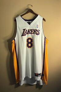 Kobe Bryant Authentic NBA Home Jersey 52 Los Angeles Lakers Nike Dri Fit Sewn #8