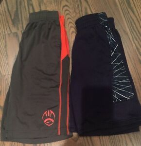 Lot Of 2 Boy's Nike Dri-Fit & Under Armour Shorts Large (14-16) Gray Navy Blue