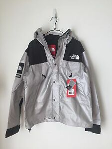 NEW Supreme The North Face 3M Mountain Parka Reflective Jacket Shell Sz L Large