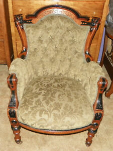 Herter Carved Walnut Parlor Chair Armchair AC89