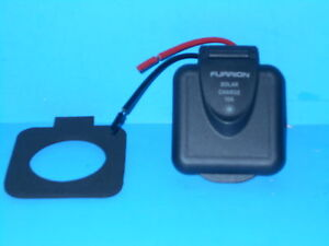 *FURRION QUICK CONNECT SOLAR CHARGING INLET 10 AMP BLACK FREE SHIP