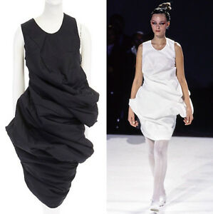 runway COMME DES GARCONS SS1997 Lumps Bumps black circle cut asymmetric dress S