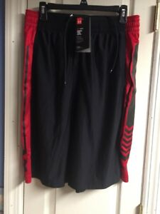 UNDER ARMOUR XL MENS PERFORMANCE SHORTS ATHLETIC LARGE BLACK RED