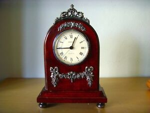 Used - WATCH DESKTOP STYLE ENGLISH - movement quartz - Table Clock