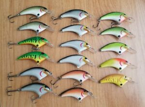 (17) Vintage Flat Sided crankbaits Lot of 17 fishing lures
