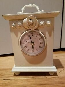 Antique vintage desktop clock in off-white battery operated