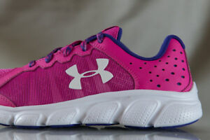 UNDER ARMOUR MICRO G  ASSERT 6 shoes for girls NEW US size (Youth) 1.5