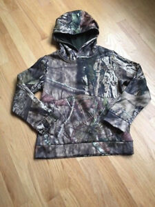 Under Armour Boys Sweatshirt Hoodie Camo Youth Small 78
