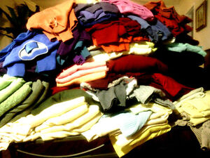 100% Cashmere Sweater Cutter Lot of 24 Multi-color No Felting Wool Fabric