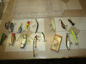 LOT OF 16  FISHING LURES and box