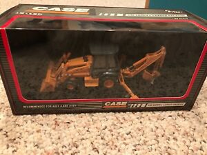 Case Construction Equipment 590 Super L Loader Backhoe NIB Ertl Diecast Metal 8+