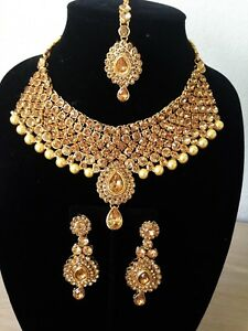 Antique Gold Kundan Pearl Necklace Set Choker Necklace With Maang Tikka