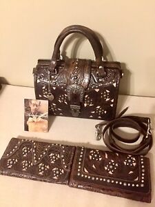 AUTHENTIC AMERICAN WEST LEATHER BAG HANDBAG PURSE SATCHEL CROSSBODY TWO WALLETS