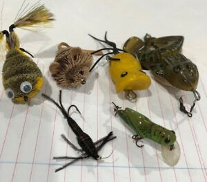 Vintage Unusual Fishing Lures Frog Mouse Grasshopper Critters Rubber Plug