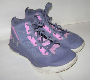 UNDER ARMOUR YOUTH GIRLS MID BASKETBALL SPORT SHOES size 4.5 PURPLE PINK