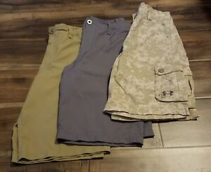 UNDER ARMOUR LOT OF 3 GOLFCASUAL SHORTS GRAYTANCAMO SIZE LARGE KIDS BOYS