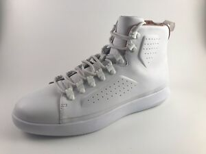 Under Armour M 9.5W 12 Classic Leather Sneaker WhiteGum Dead Stock 1310041 100