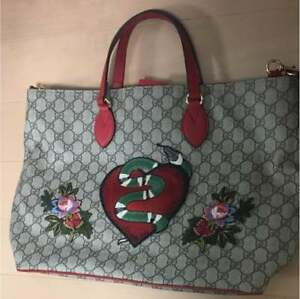 GUCCI Snake GG Supreme Canvas Embroidery Shoulder Hand Bag Christmas Edition