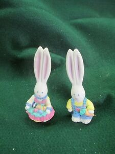 Easter bunny couple by Russ $4.50