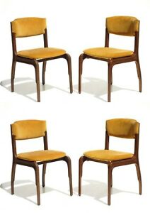 1960s by Gianfranco Frattini Cantieri Carugati Italian Design Set of 4 Chairs
